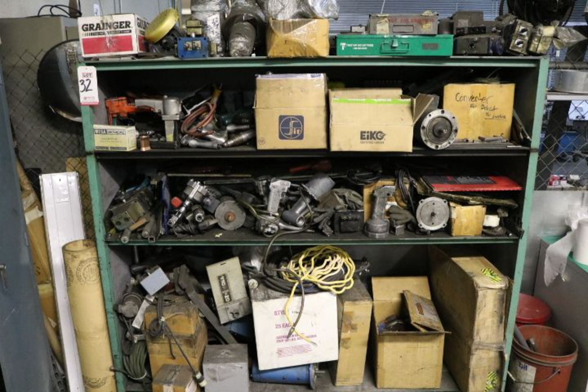 Lot 32 - CABINET W/ ASSORTED AIR TOOLS, PNEUMATIC DRILLS, STAPLERS, ETC.