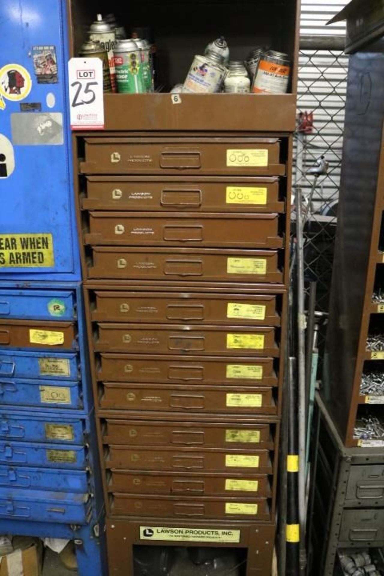 Lot 25 - HARDWARE CABINET W/ (12) REMOVABLE DRAWERS CONTAINING RETAINING RINGS, COTTER PINS, LOCK NUTS, CAP