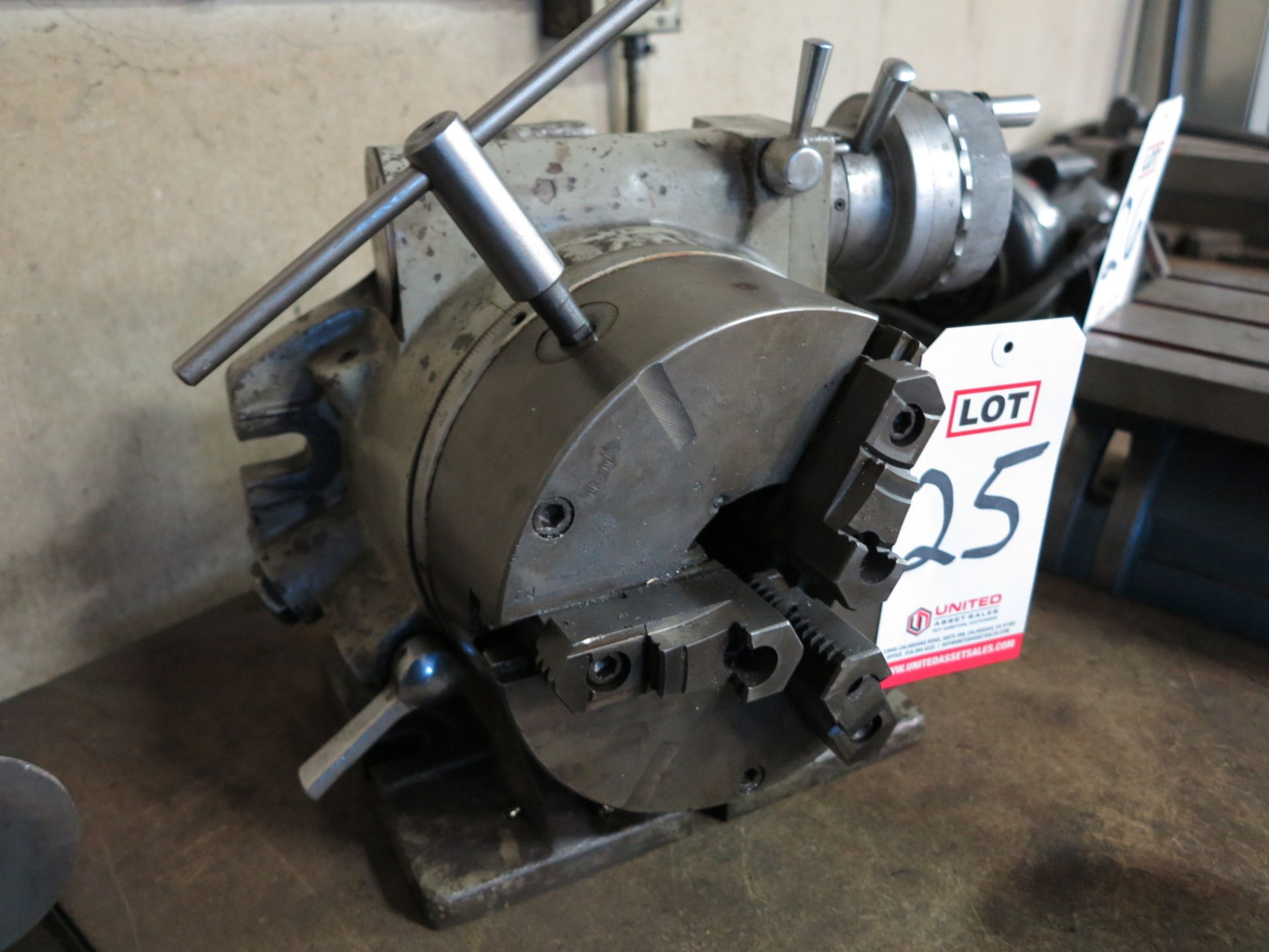 "Lot 25 - NIKKEN 8"" HORIZONTAL/VERTICAL CHUCK"