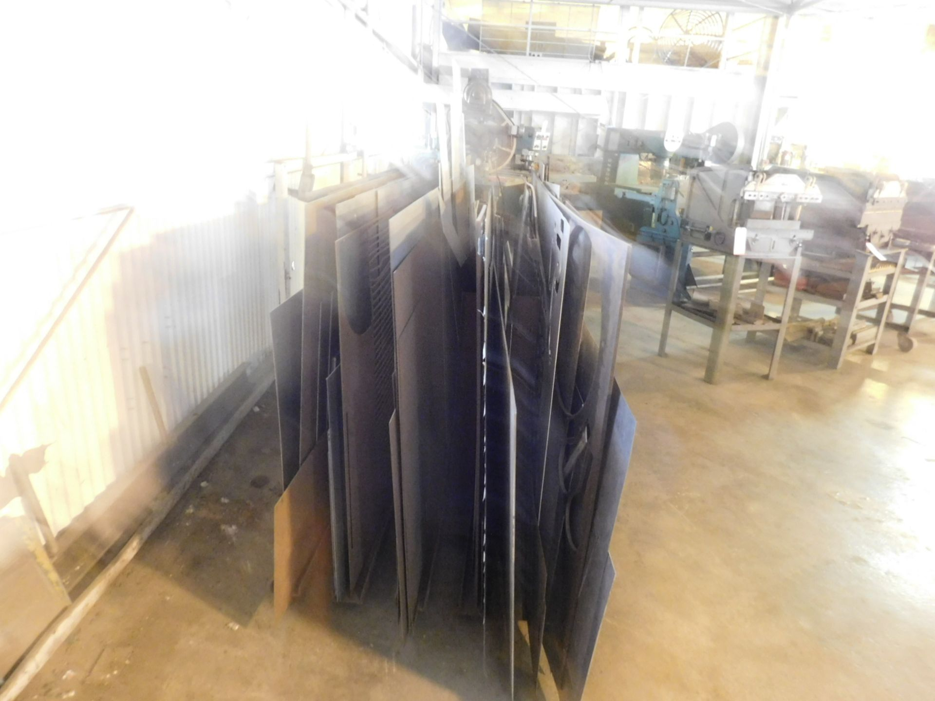 Lot 51 - LOT - VERTICAL SHEET MATERIAL RACK, FULL OF MIXED ALUMINUM, STEEL AND STAINLESS STEEL SHEET CUT