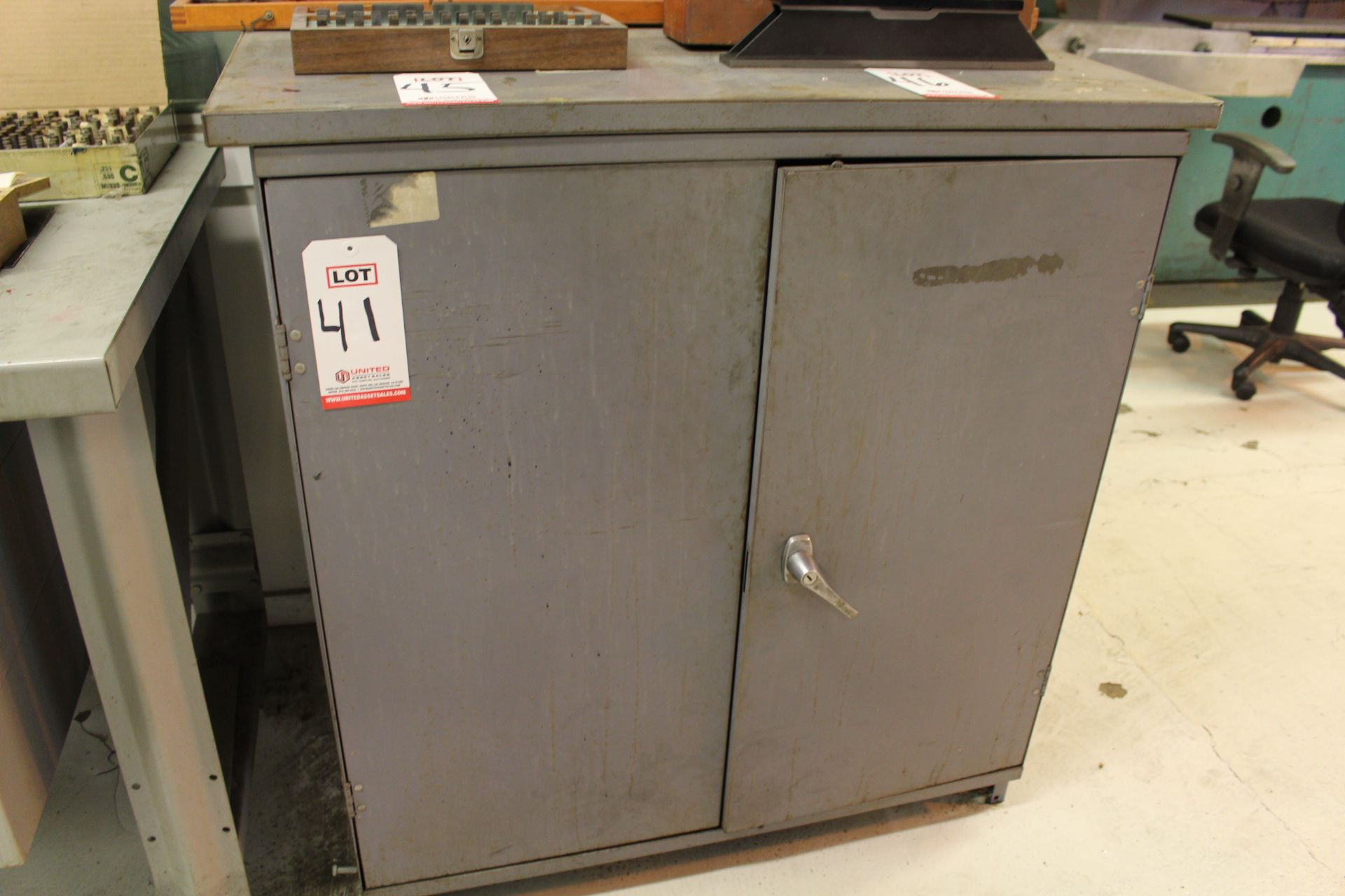 Lot 41 - LOT - (1) FOREMAN'S DESK AND (1) 2-DOOR CABINET