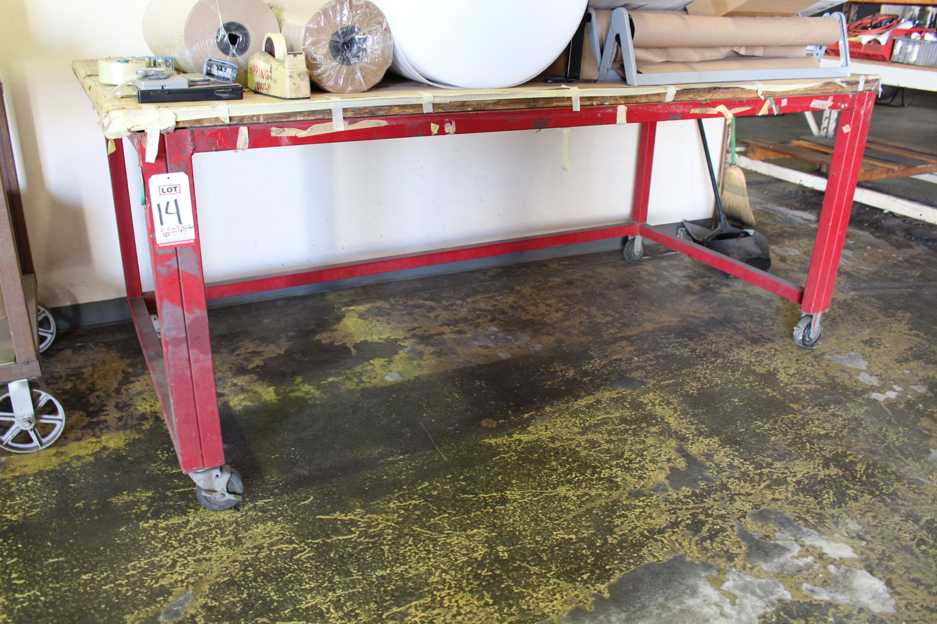 Lot 14 - LOT - (2) CARTS AND (1) 6' WORKBENCH