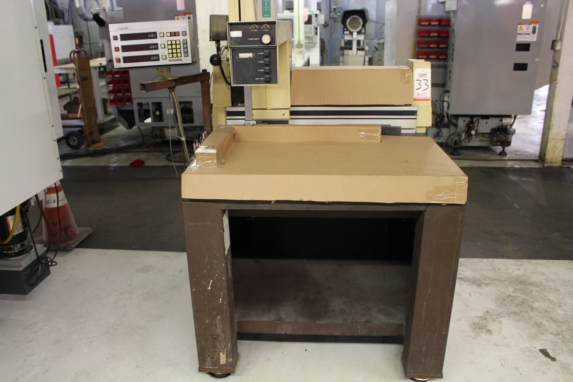 Lot 33 - QUALITY MEASUREMENT SYSTEMS CMM, W/ SONY MAGNESCALE LM22 X&Y POSITION DRO