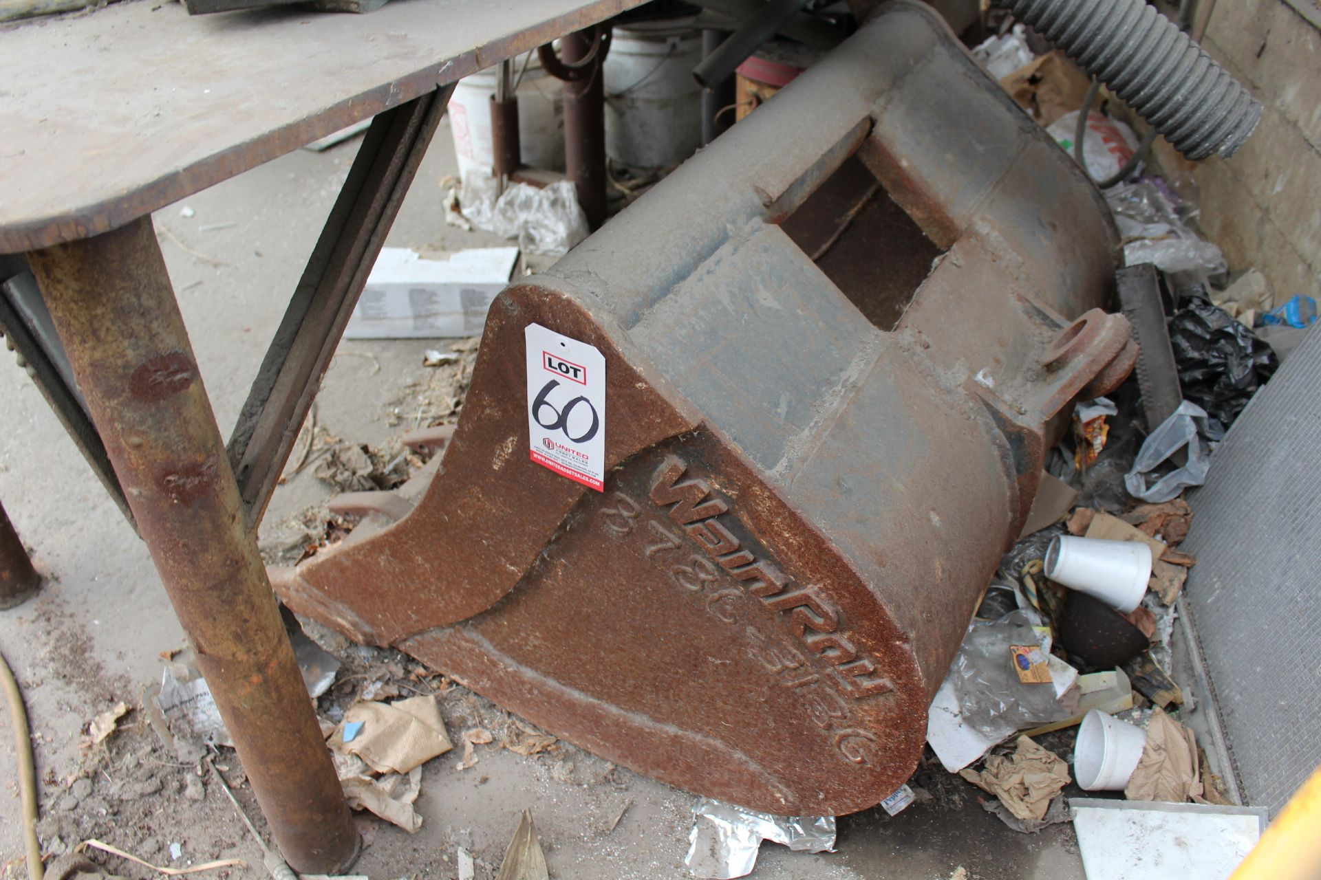 "Lot 60 - 34"" WAINROY EQUIPMENT BUCKET"