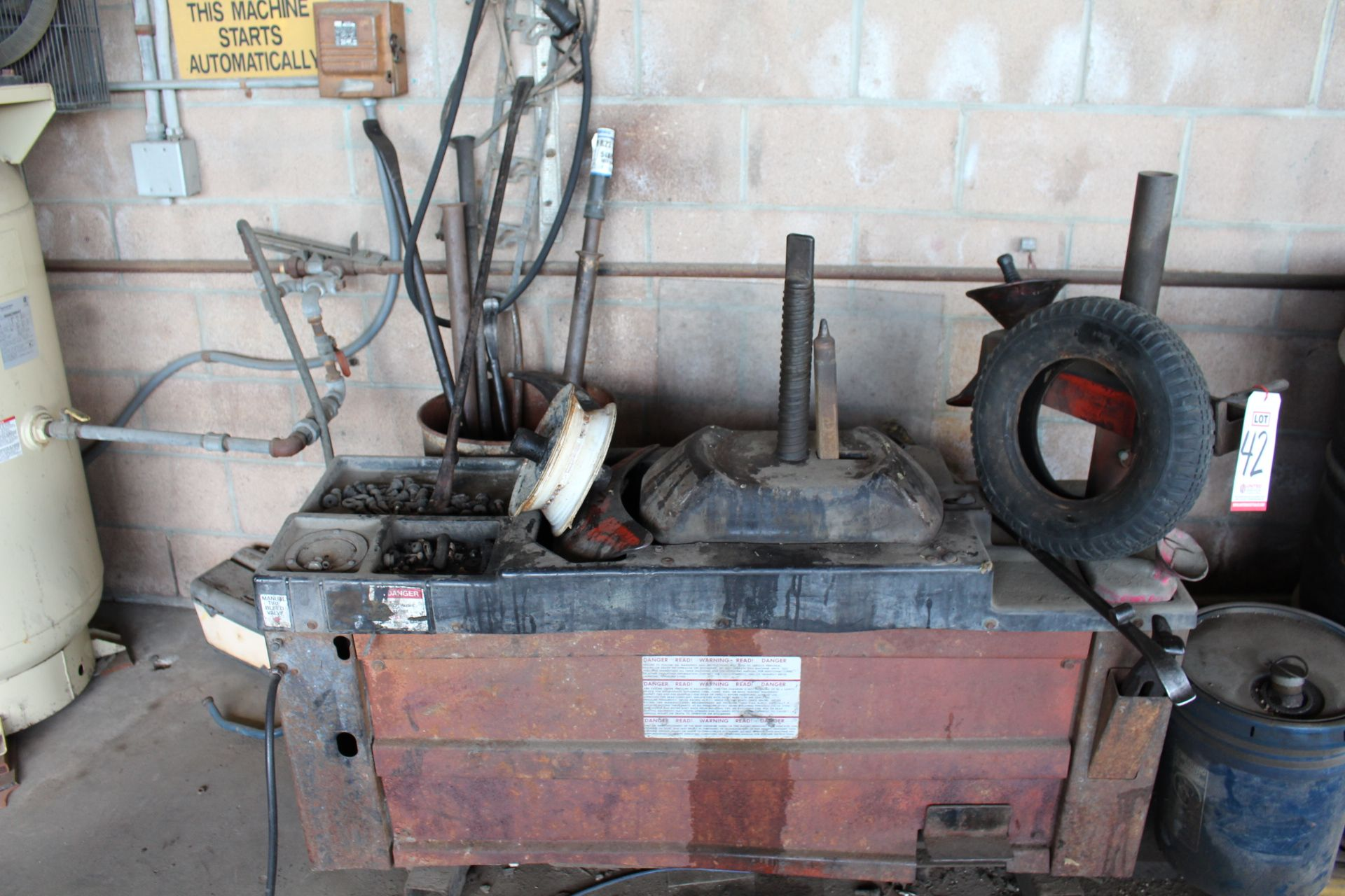 Lot 42 - TIRE CHANGER, W/ TOOLS