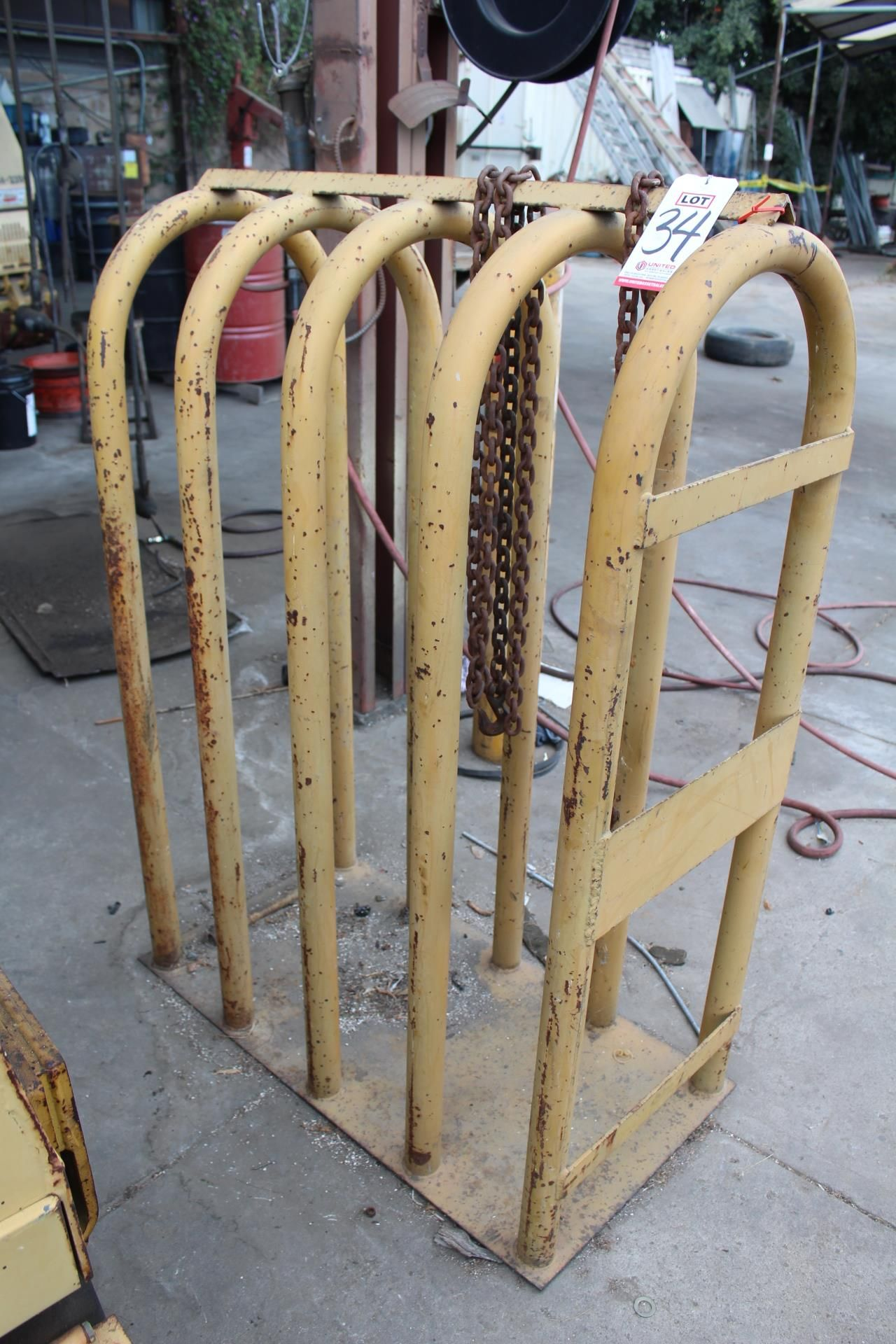 Lot 34 - TIRE INFLATION CAGE