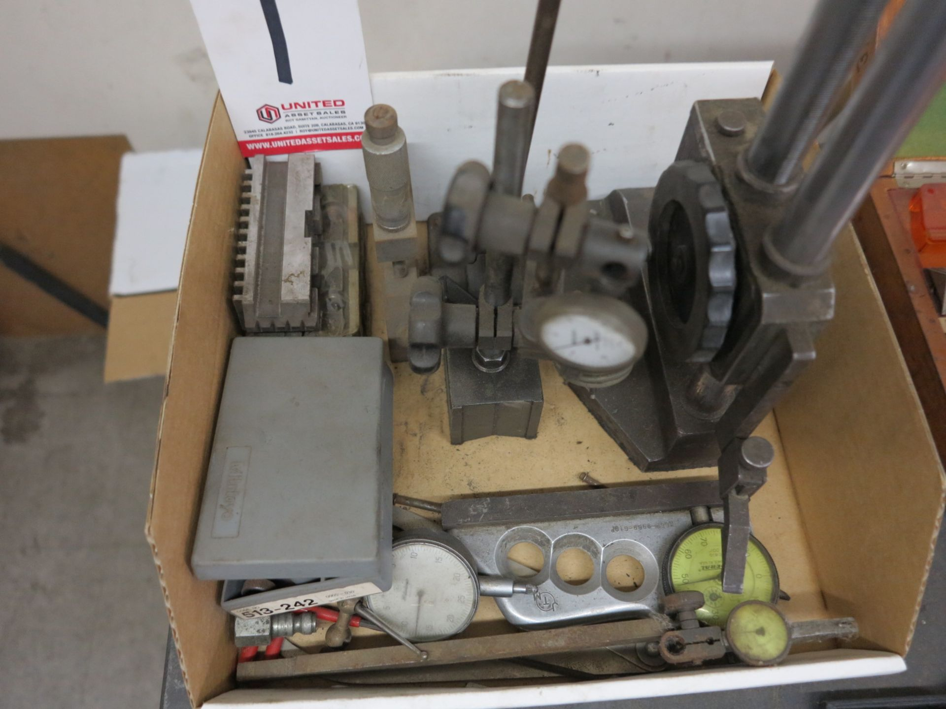 Lot 1 - LOT - MISC INSPECTION ITEMS, TO INCLUDE: CHUCK JAWS, DIAL INDICATORS, ETC.