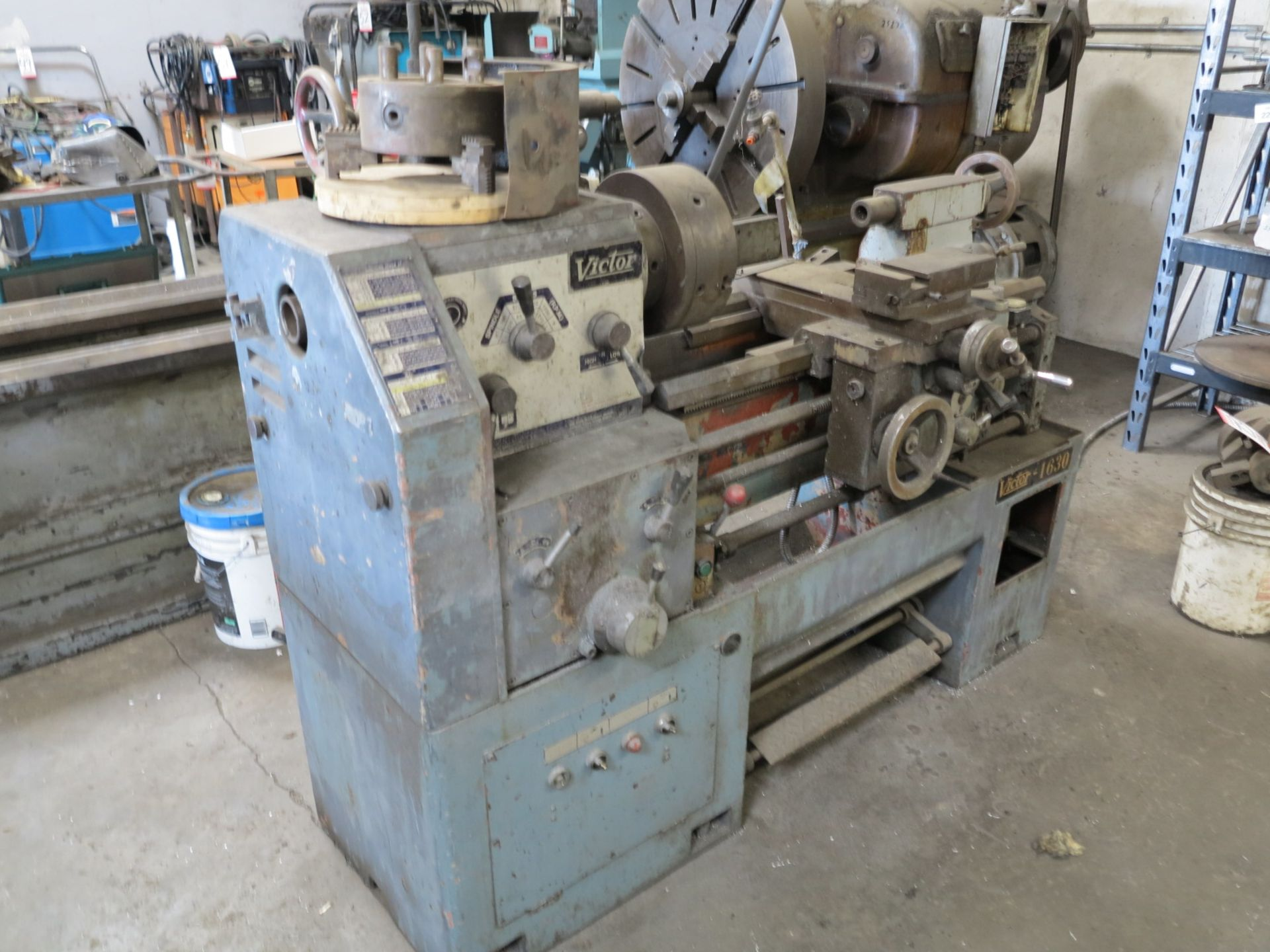 """Lot 60 - VICTOR 1630 LATHE, W/ 10"""" 3-JAW CHUCK, TAILSTOCK"""