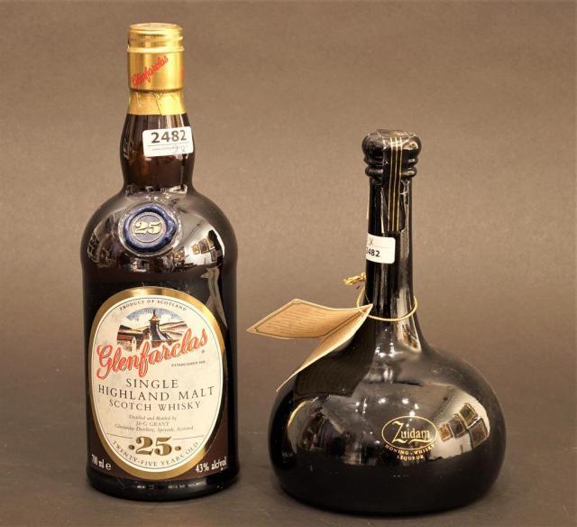 Lot 2482 - Glenfardas Single Highland Malt Scotch Whisky + Honey Whisky liqueur, Zuidam (2x)