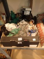 Lot 30 - Box of mixed ceramics etc