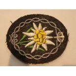Lot 91 - German WWII fabric Edelweiss badge