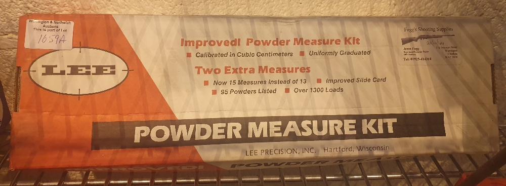 Lot 1659A - Boxed Lee powder measure kit