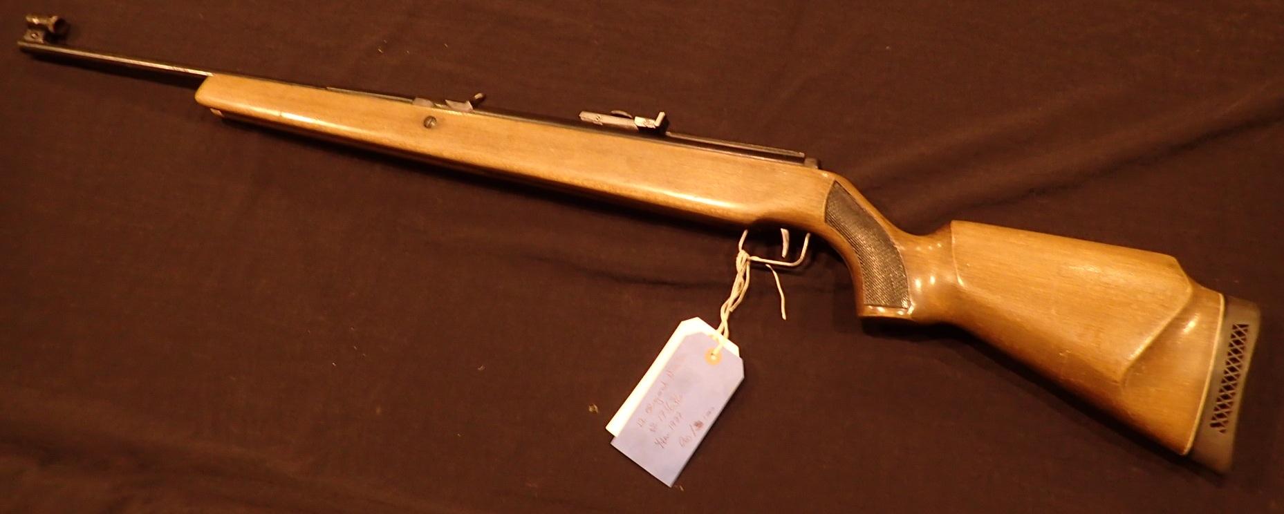 Lot 1633 - Original Model 50 1977 22 cal air rifle