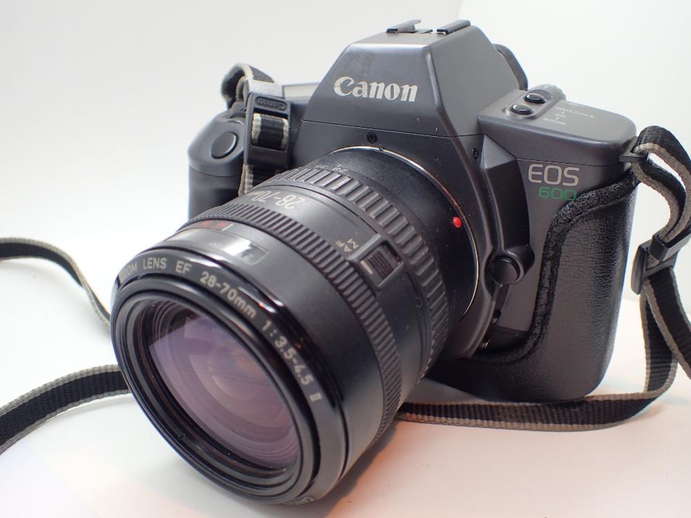 Lot 1501 - Canon EOS 600 camera with Canon zoom len
