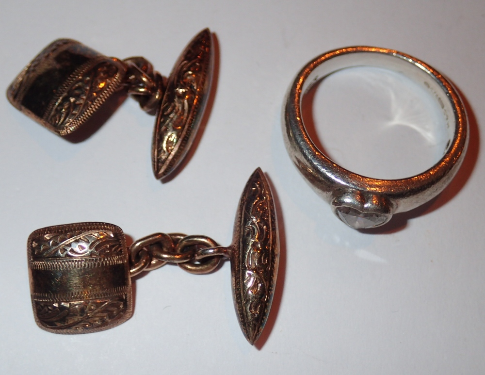 Lot 77 - Pair of 925 silver gilt cufflinks and a