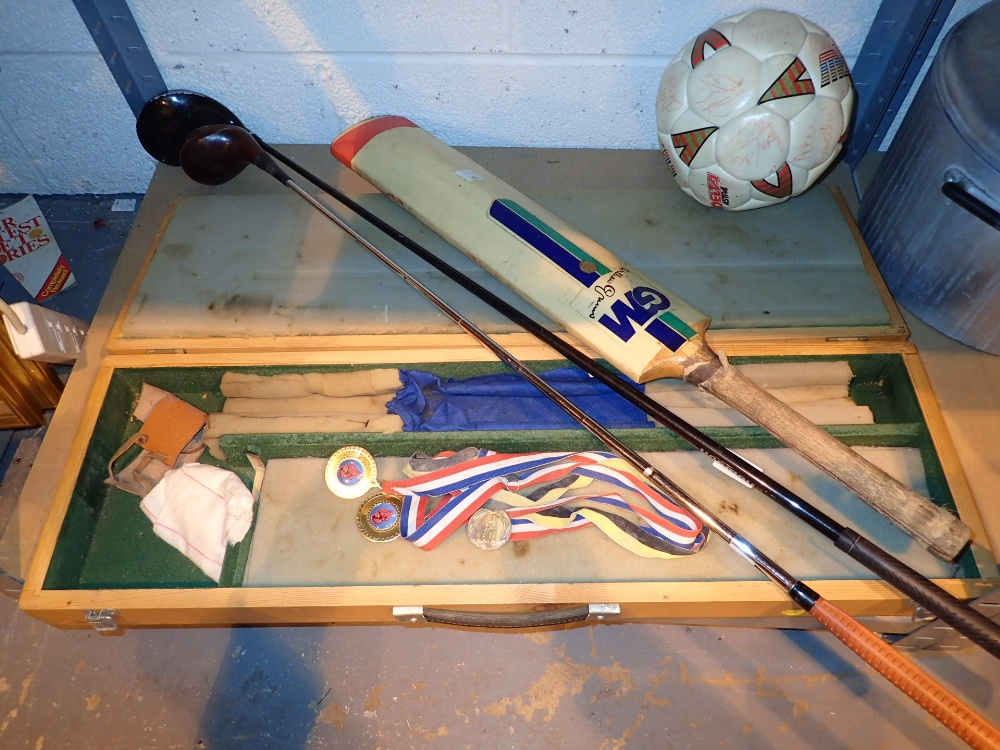 Lot 436 - Collection of sporting equipment includi
