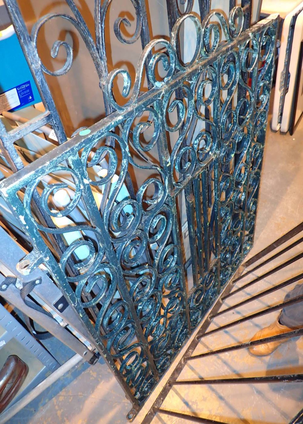 Lot 573 - Heavily scrolled wrought iron gate 96 x