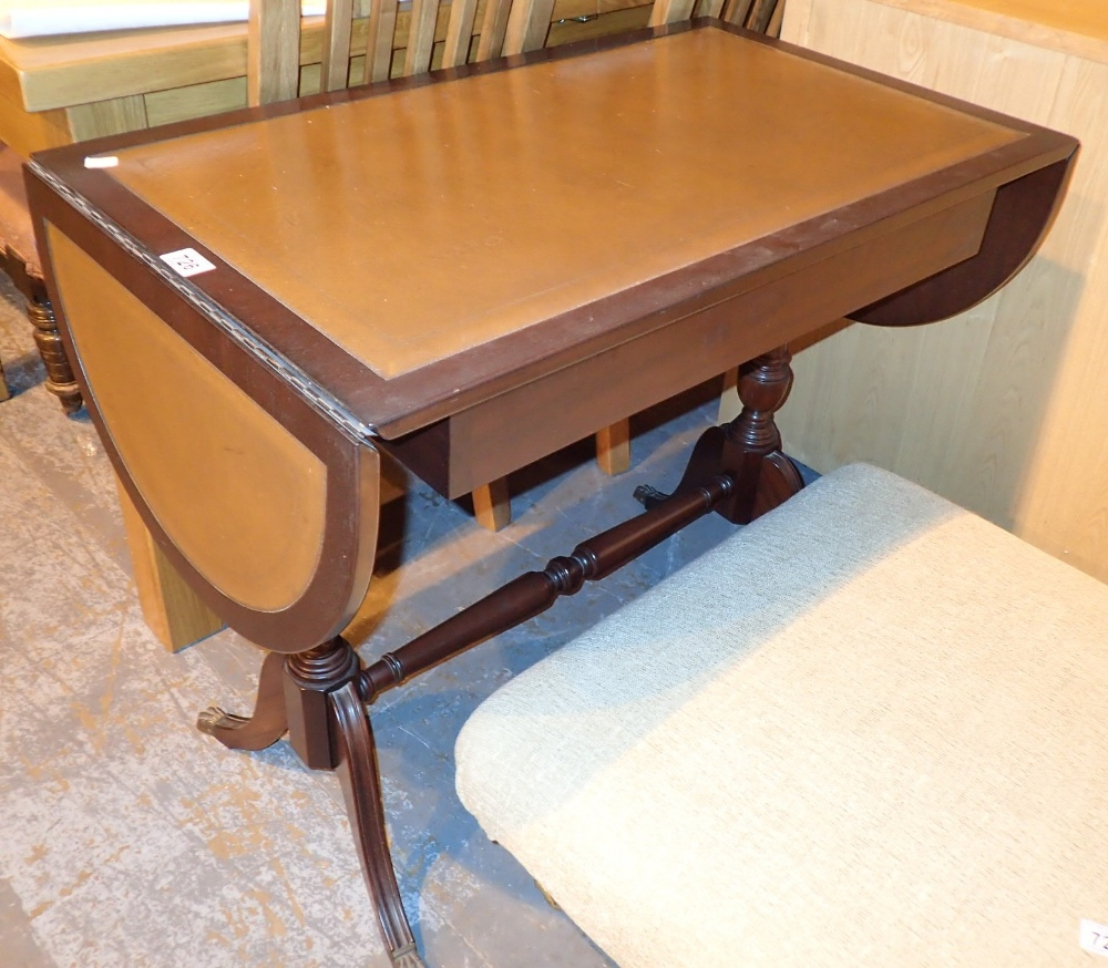 Lot 726 - Modern leather top sofa table with two drawers