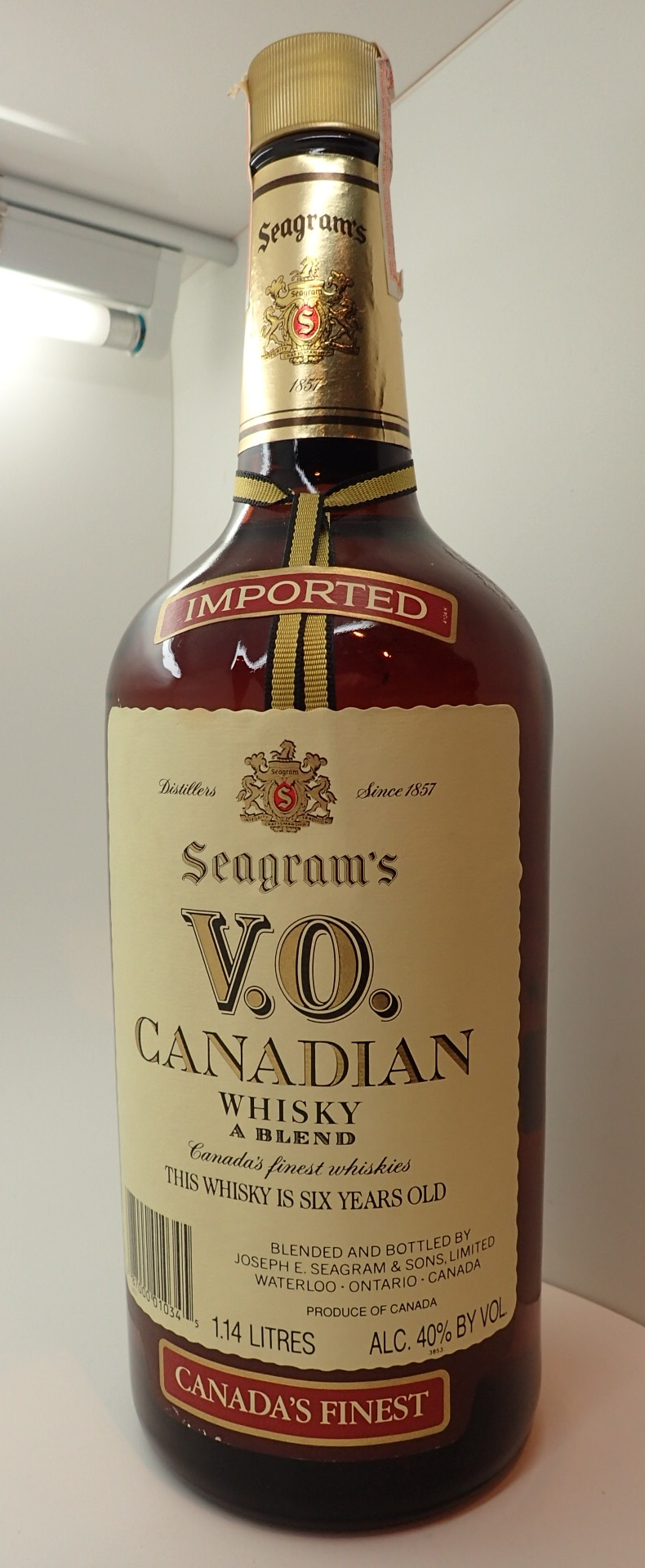 Lot 542 - 114cl bottle of Seagrams VO Canadian whi