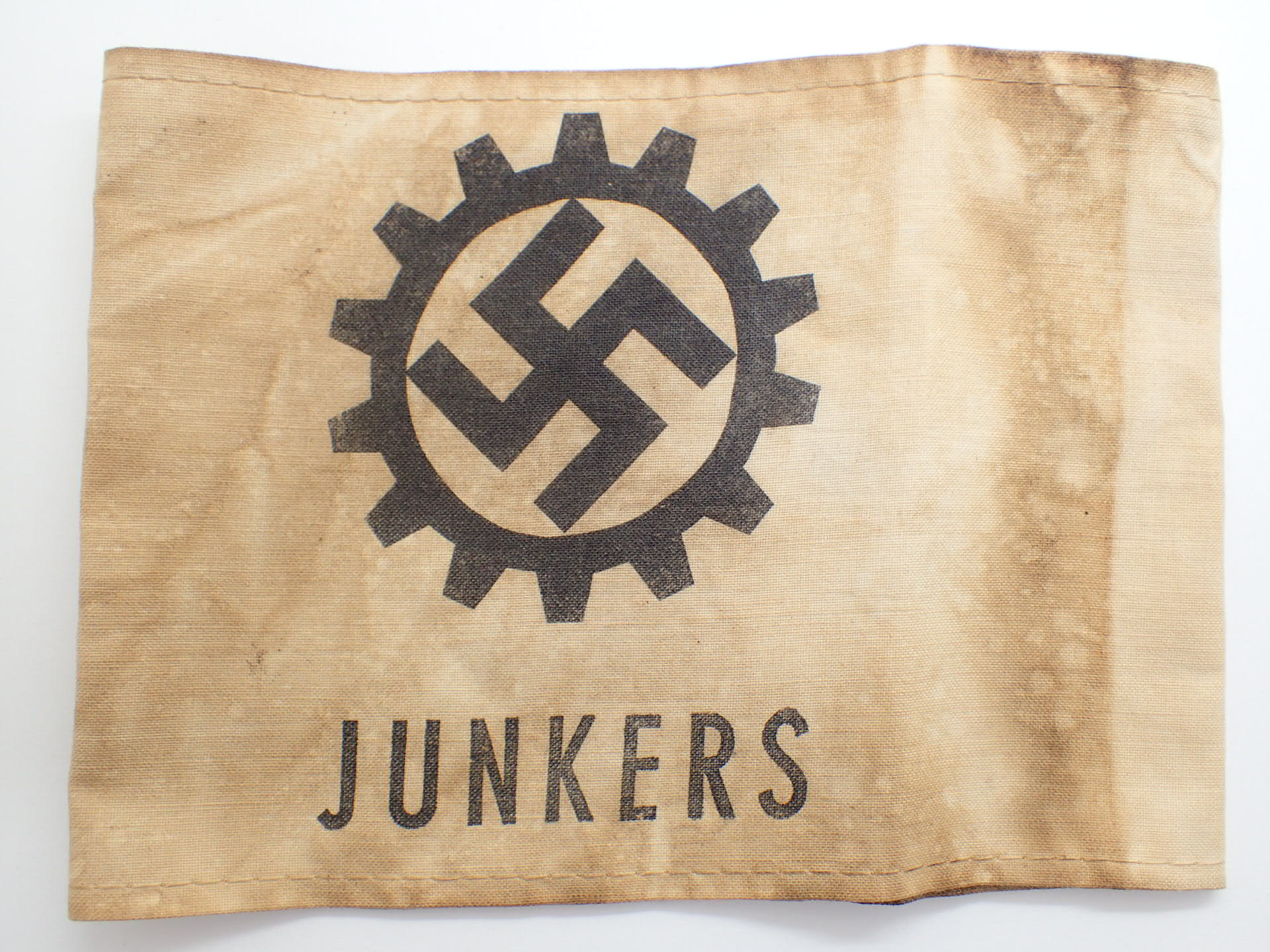 Lot 108 - WWII German Junkers workers armband