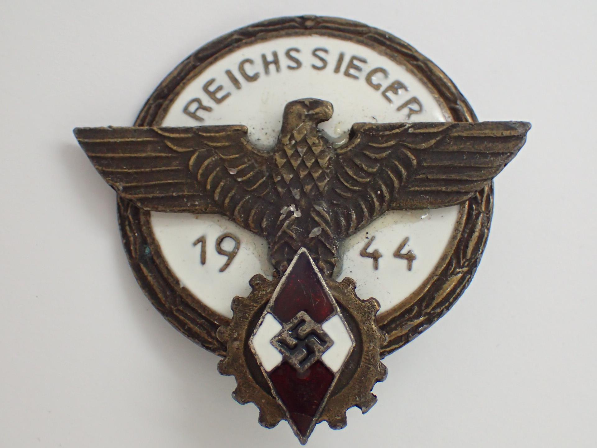 Lot 60 - WWII German Reichs Sieger 1944 Hitler Yo