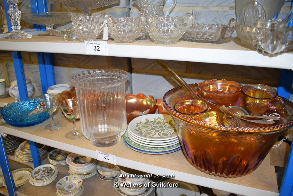 Lot 33 - *SHELF OF GLASSWARE, PORCELAIN WARE AND COLLECTABLES