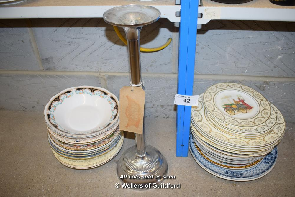 Lot 42 - *SHELF OF PORCELAIN WARE AND COLLECTABLES INCLUDING A CANDLESTICK
