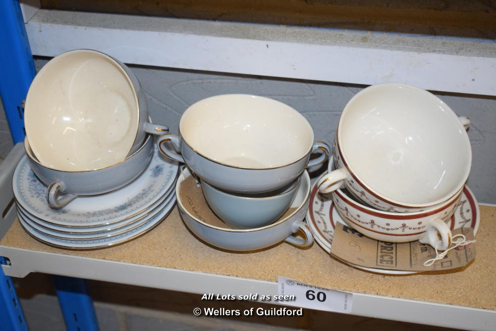 Lot 60 - *SHELF OF PORCELAIN WARE AND COLLECTABLES