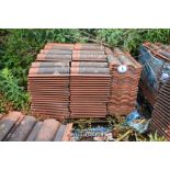Lot 8 - PALLET CONTAINING A LARGE QUANTITY OF DOUBLE PAN ROOF TILES