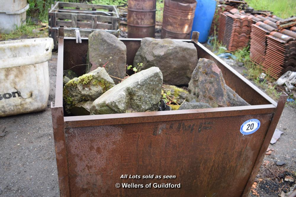 Lot 20 - ONE METAL STILLAGE AND TWO METAL OIL DRUMS CONTAINING SMALL AND LARGE COBBLE SETTS