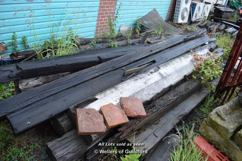 Lot 34 - QUANTITY OF RECLAIMED BEAMS AND RAFTERS