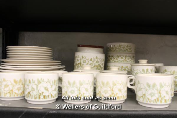Lot 7292 - *Hornsea Fleur part tea and dinner service. This lot is subject to VAT.