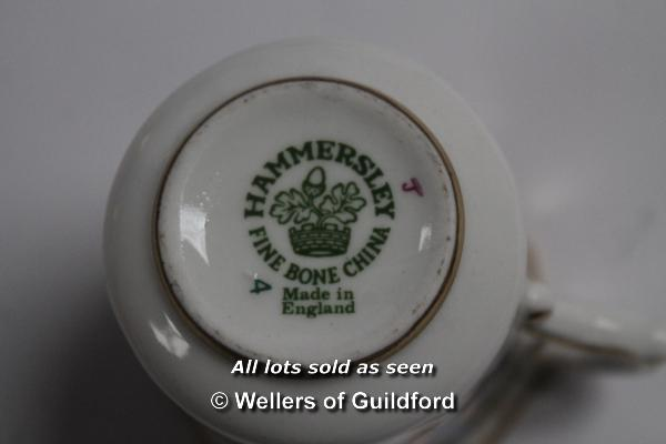 Lot 7404 - *A quantity of decorative items including Hammersley cabinet cup and saucer, Royal Winton gold