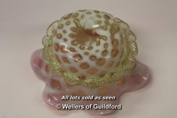 Lot 7453 - *Thomas Webb vaseline uranium and cranberry glass bowl c1870's (Lot subject to VAT) (LQD98)