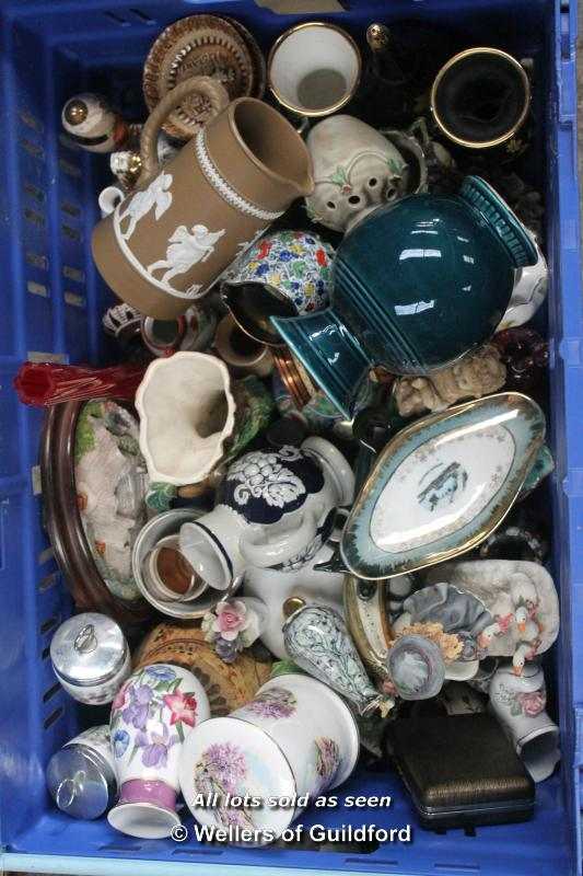 Lot 7417 - *Assorted china ware and collectables including trinket pots (Lot subject to VAT)