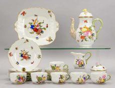 Herend, Porzellan-Kaffeeservice, Dekor 'Bouquet de Fruits', polychrome Bemalung, mit Golddekor,