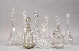 Glaskaraffen-Lot, Kristallglas, verschiedene Größen und Ausführungen, 9 Stück; Höhe 20 cm - Höhe