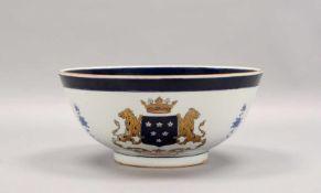 Schale/Kumme, Porzellan, kobaltblaue Bemalung und Vergoldung, mit Wappendekor; Höhe 13,5 cm,