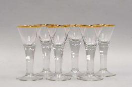 Satz Martini-Gläser, barocke Form/in Lauensteiner Manier, mit eingestochenen Luftblasen und
