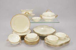 Rosenthal, Speiseservice, 'Sanssouci', elfenbeinfarbener Fond, mit Goldrand, umfassend: 1