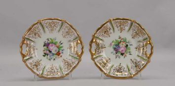 Paar Porzellanteller, Biedermeier, Spiegel mit floraler Handbemalung (Blumenbouquets),