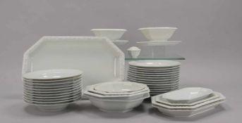 Rosenthal, umfangreiches Speiseservice, 'Maria Weiß', umfassend: 14x Speiseteller, 11x Suppenteller,