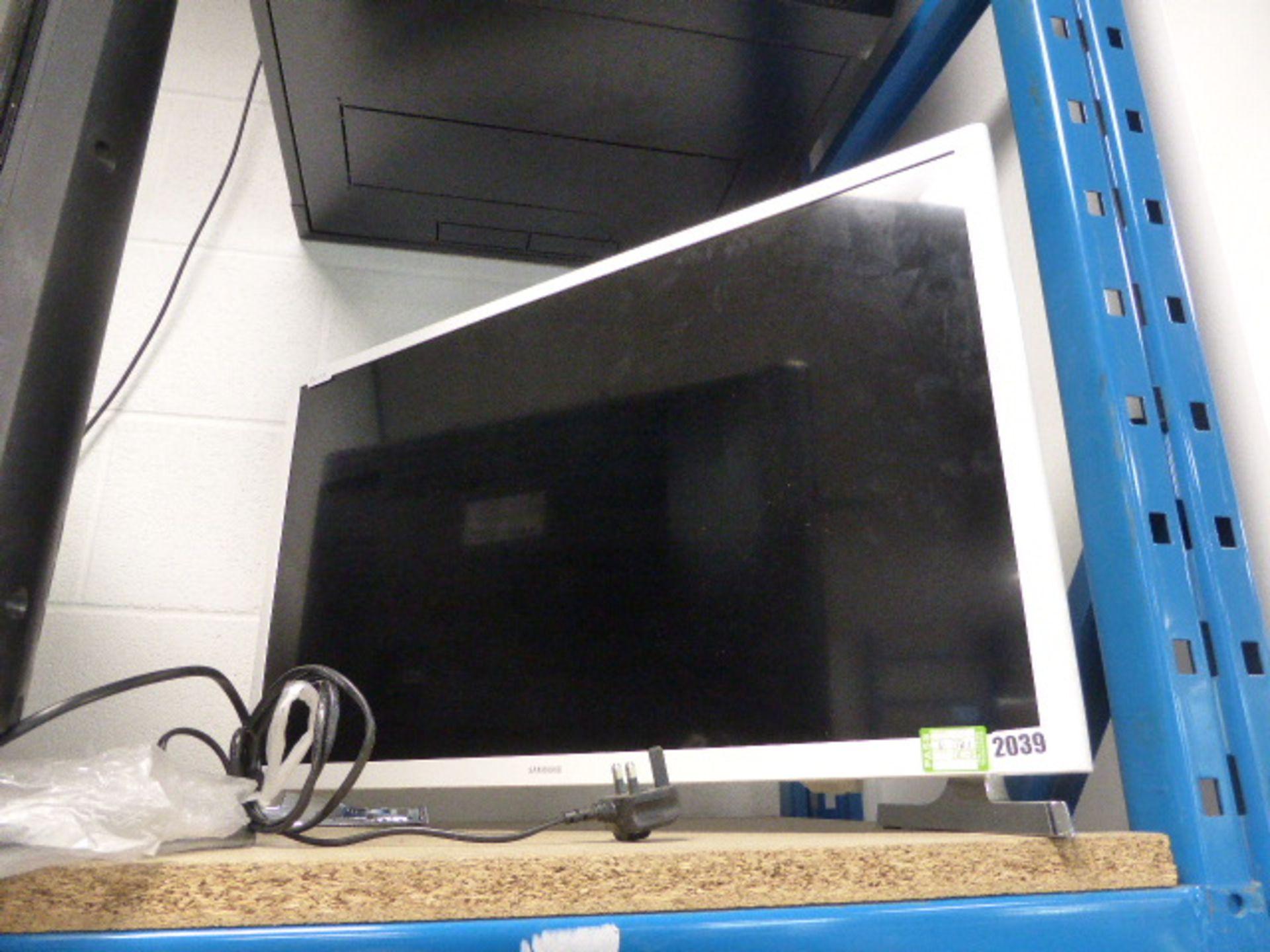 Lot 2039 - (101) Sharp 32'' TV UE32J4510 a/f