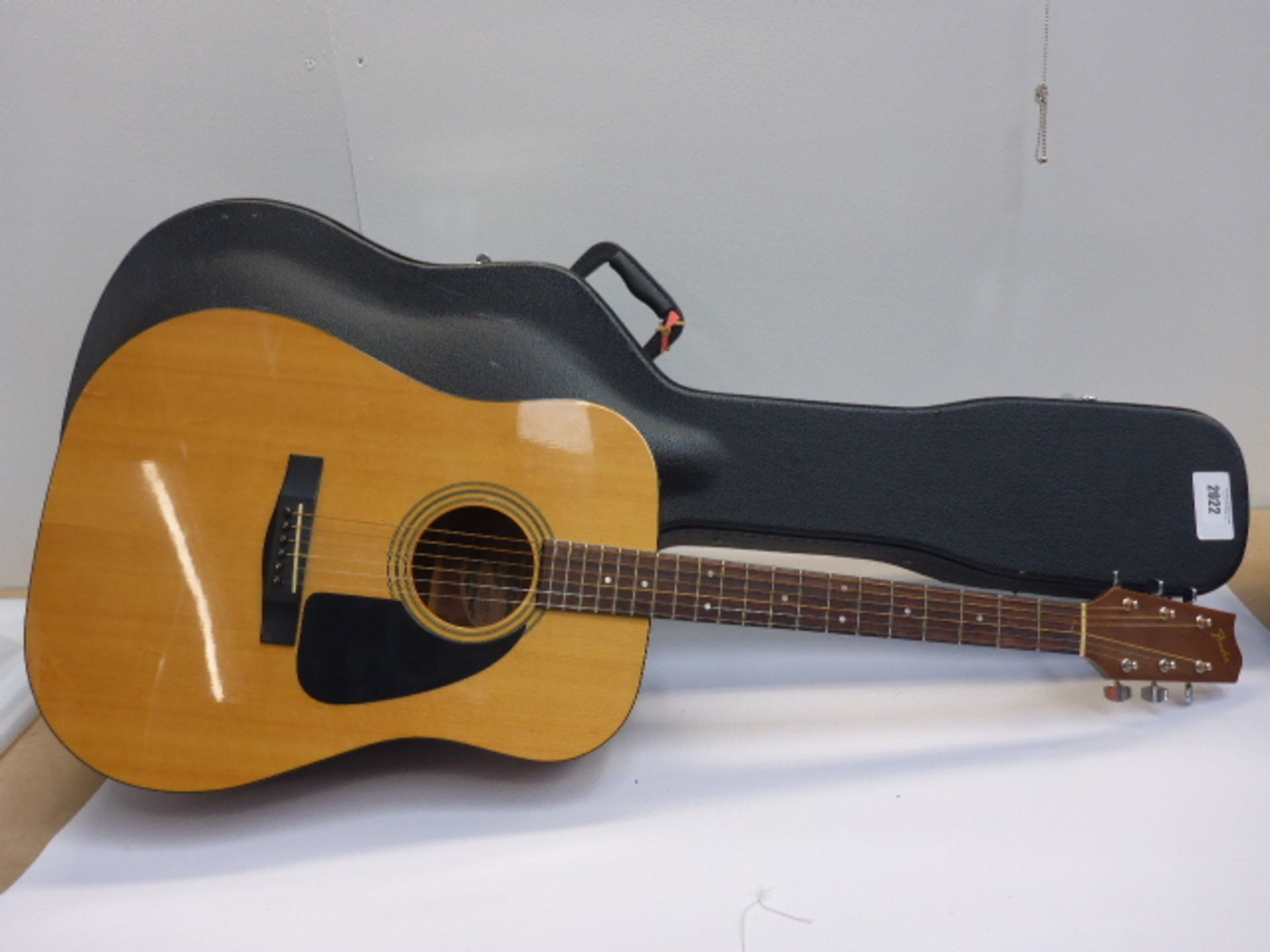 Lot 2022 - Fender Gemini II acoustic guitar in hard carry case