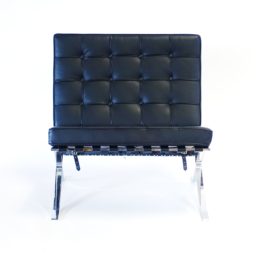 Lot 7 - After Mies van der Rohe,