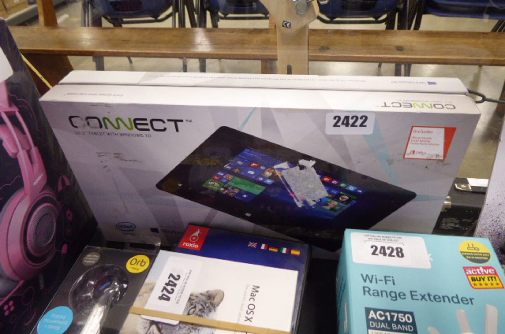 Lot 2422 - Connect 10.1'' tablet boxed