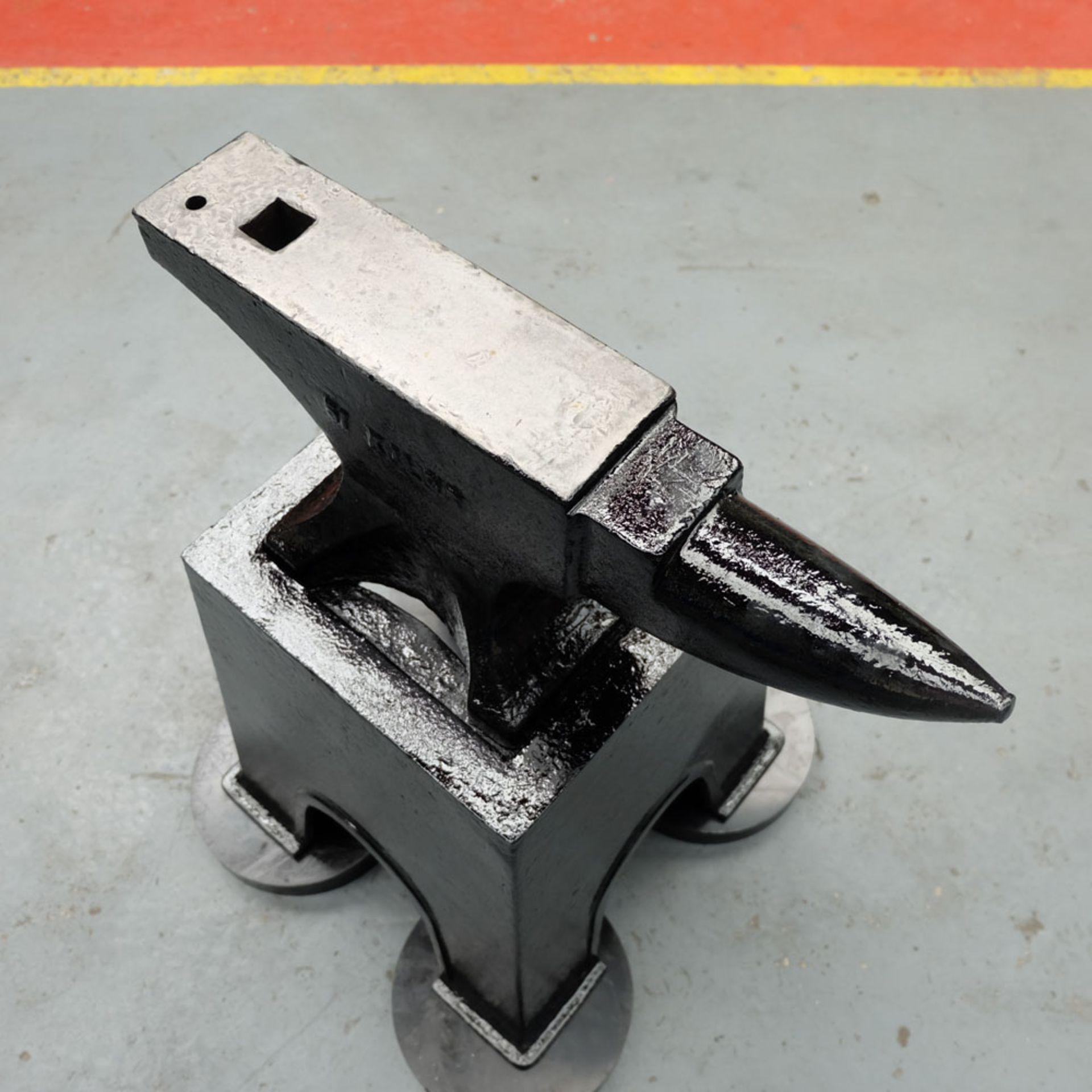 Lot 75 - A Blacksmiths Anvil on Stand, 1 cwt-51Kilos.