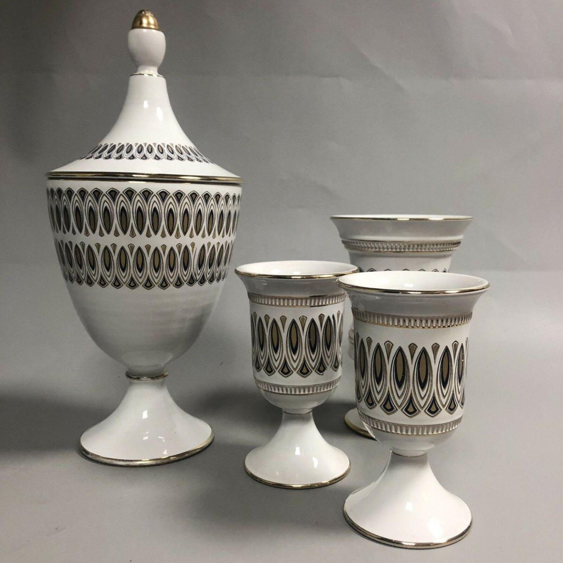 Lot 36 - A group of mid century retro Italian ceramics by Il Verrocchio, Florence - Vases