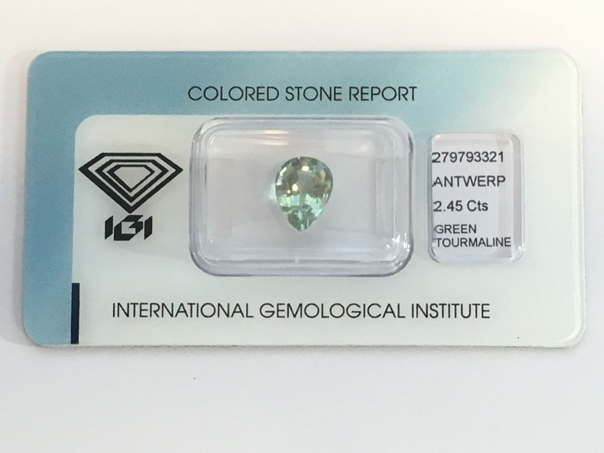 Lot 13 - 2.45ct Natural Green Tourmaline with IGI Certificate