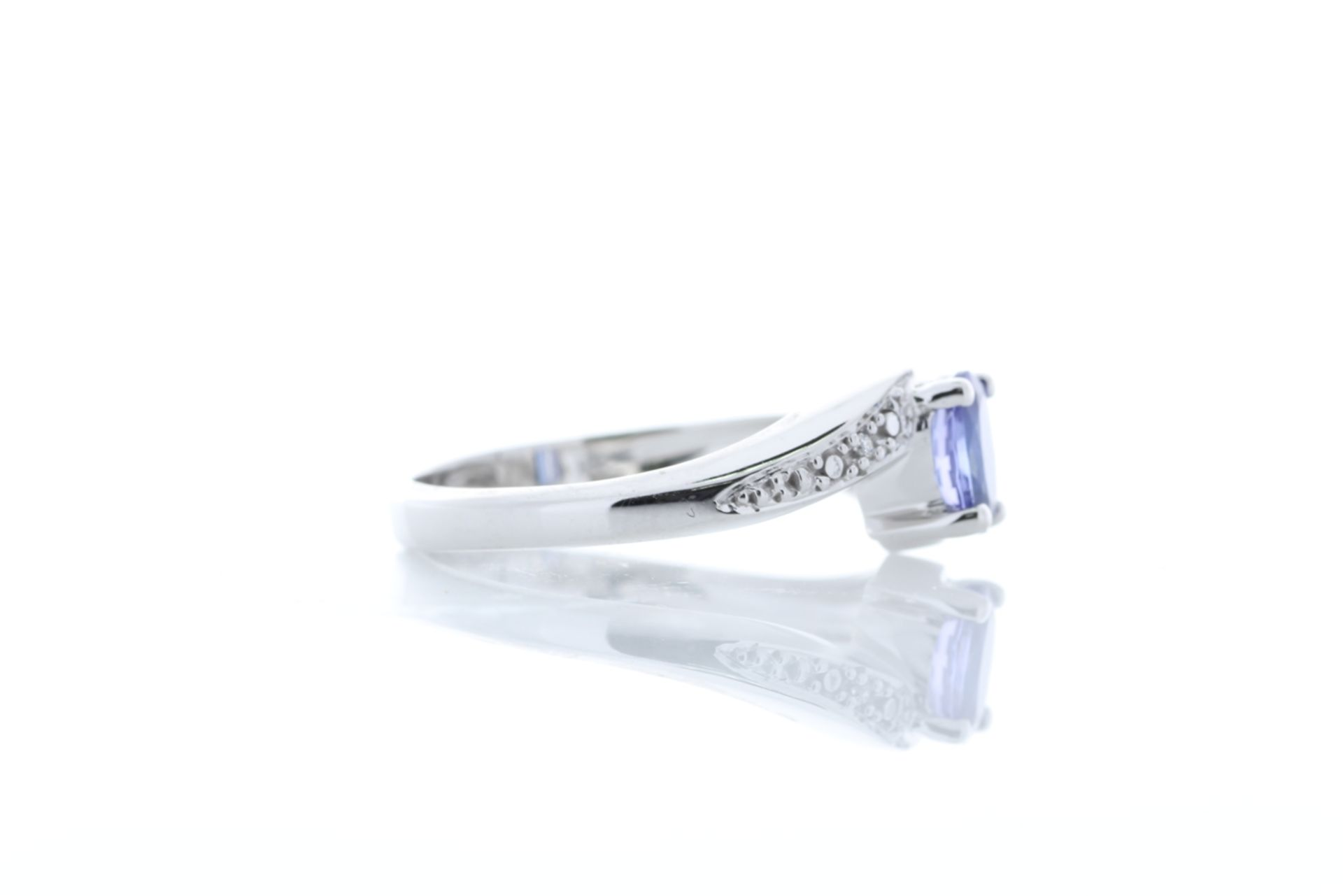 Lot 46 - 9ct White Gold Diamond And Tanzanite Ring 0.01